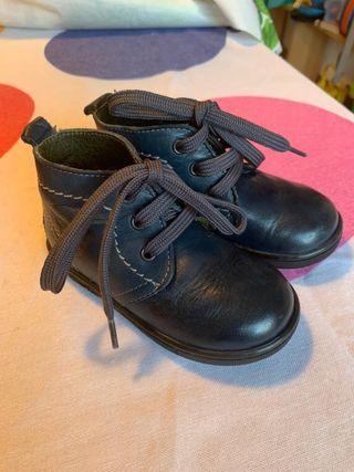 Botas de niño Gorila
