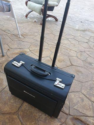 Maleta o maletín de viaje