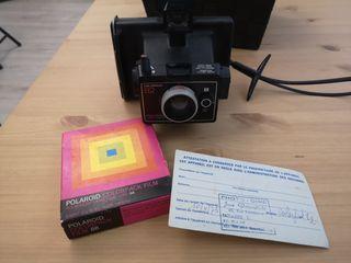 cámara Polaroid Colorpack 82 con film