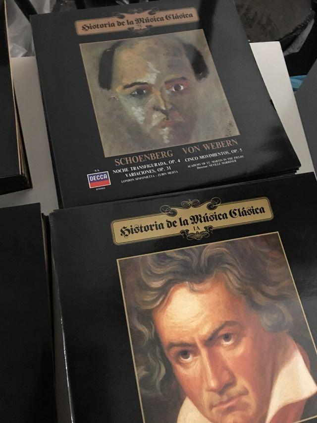 Lote Historia de la música clásica 111 vinilos