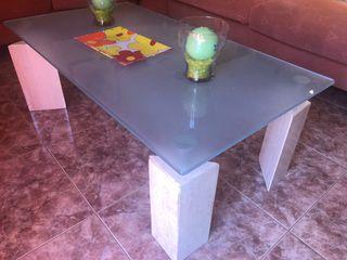 Mesa pequeña cristal