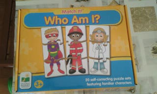 Puzzle profesiones ingles who am I