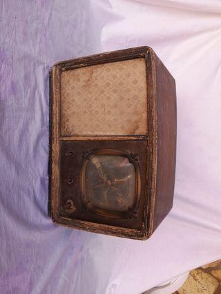 radio antigua marca iberia moedelo maestrante