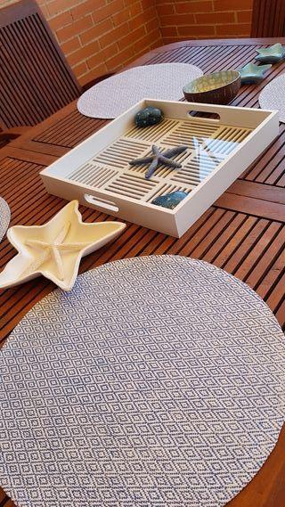 Mesa extensible y 6 sillas de teca para exterior