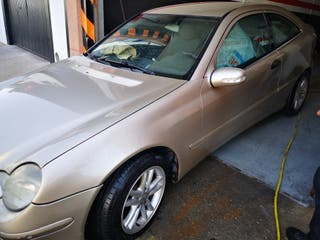Mercedes-Benz Classe C (203) 2001