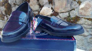 Zapato castellano Talla 41 NUEVO. ESCOLAR.