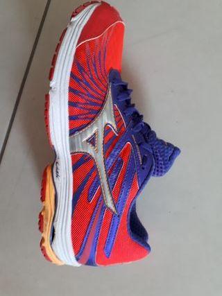 Mizuno mujer, zapatos running, muy buena calidad
