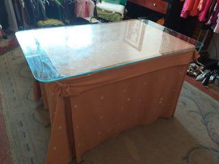 mesa camilla sin cristal con su vestimenta