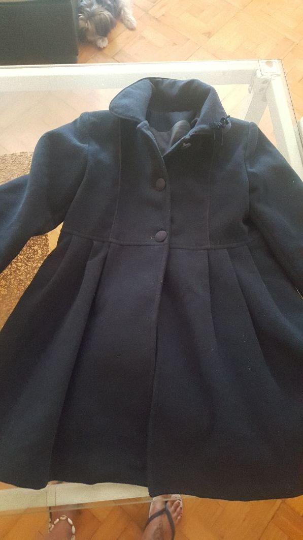 varios tipos de atractivo y duradero nuevo baratas Abrigo niña talla 8 de segunda mano por 25 € en Vigo en WALLAPOP