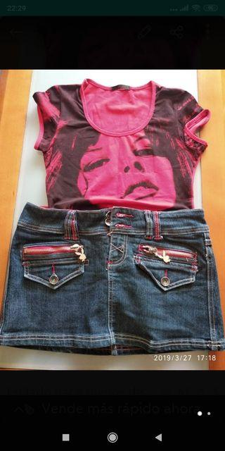 Falda marca Play boy más camiseta