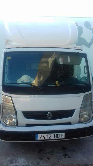 Renault Trucks Maxity 2011