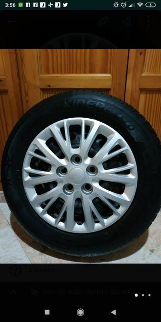 Neumáticos con Llantas