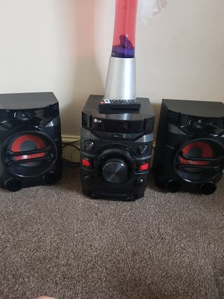 few mths old a lg bluetooth stereo system.