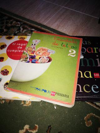 3 libros de lectura de 2° de primaria Sm