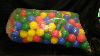 más de 200 bolas