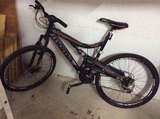 Bicicleta AQUINO X NOMA MB