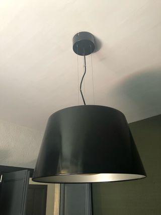Lámpara Ikea Kulla negra