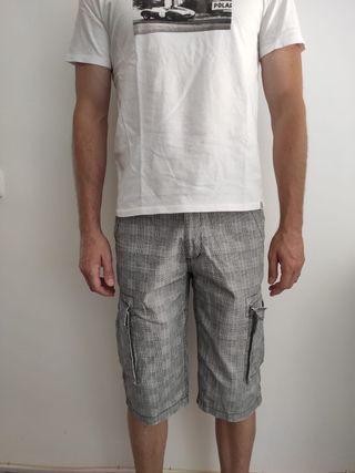 Pantalon pirata gris y blanco
