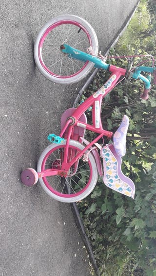 Girls pink troll bike