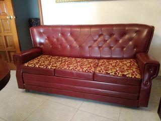 Conjunto sofa, sillones, mesa y mueble vintage