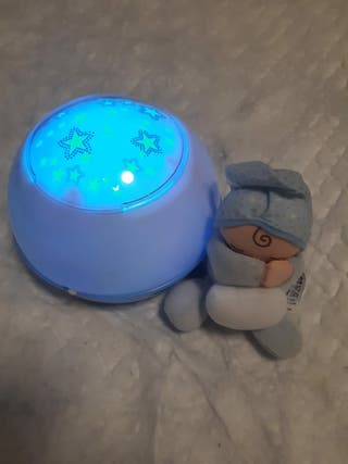 proyector chico bebe
