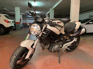 Vendo Ducati monster 696