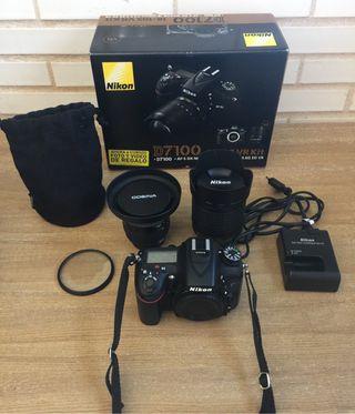 Nikon d7100 con dos objetivos y accesorios.
