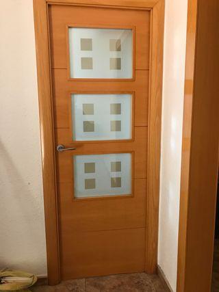 Puertas de interior de madera maciza (6total)