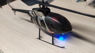 Helicóptero Tracer 80