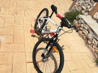 Bicicleta montaña 24 pulgadas nueva.