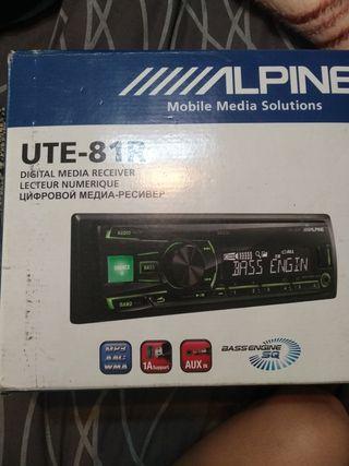 radio Alpine ute-81R