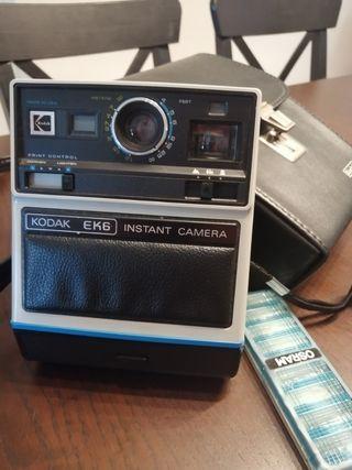 Camara de fotos Kodak Ek6 instant (tipo polaroid)