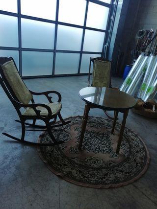 juego de mesa camilla, 2 balancines y alfombra