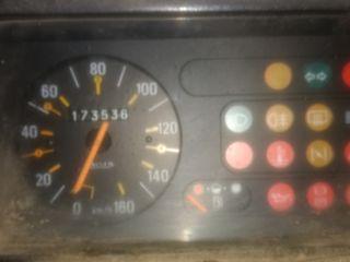 Renault R4 furgoneta F6 1987