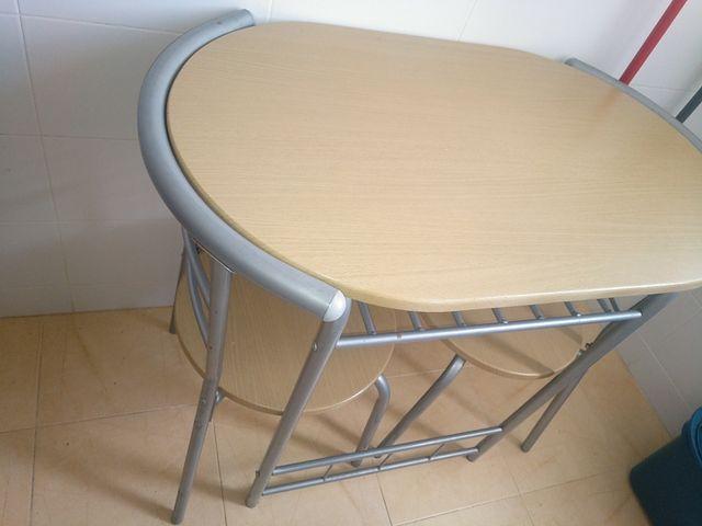 Mesa y dos sillas para cocina ikea de segunda mano por 50 ...