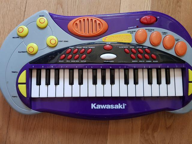 Piano infantil Kawasaki