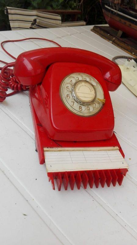 Teléfono antiguo original (funciona)