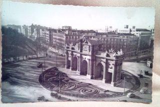 Antigua postal,Madrid,puerta de Alcala