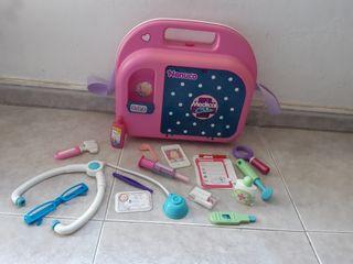 Nenuco maletín médico medical chic con accesorios