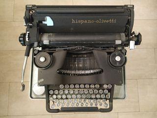 Maquina de escribir Hispano Olivetti M40