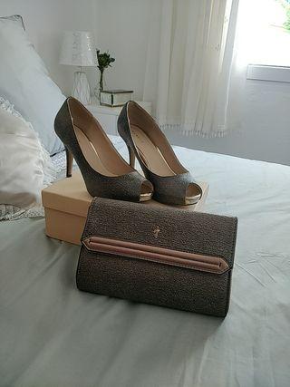 Zapatos de tacón y cartera