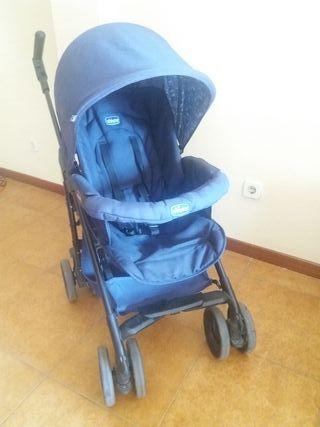 Trio CHICCO: silla de paseo,capazo y maxicosi