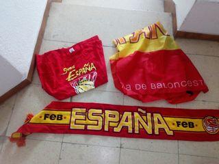 banderas de la selcion española y camiseta con buf