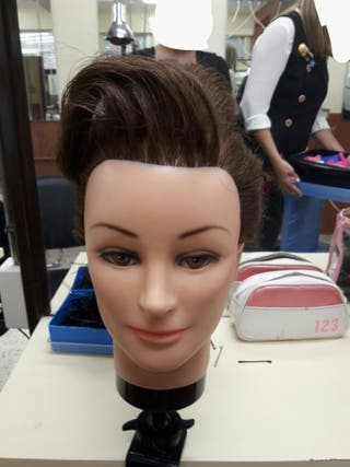 maniqui para practicar peluquería