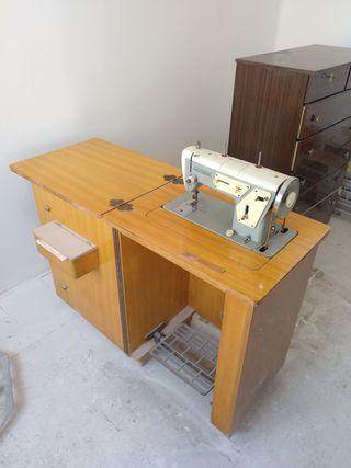 antigua máquina de coser