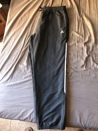 Pantalones chandal adidas grises
