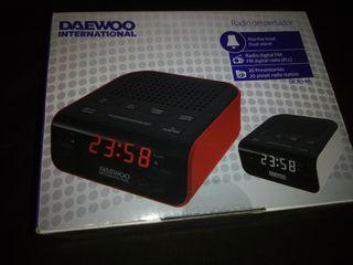 Radio Reloj despertador digital Daewoo