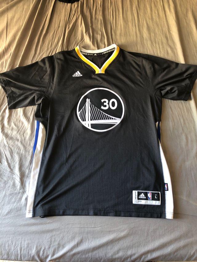 Camiseta Curry Swingman casi nueva