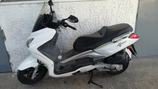 Vendo moto tgb xmotion 125