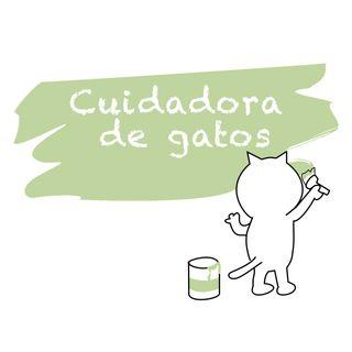 Cuidadora de gatos y regalo gatuno